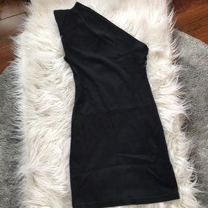 ✨ One Shoulder Little Black Dress ✨